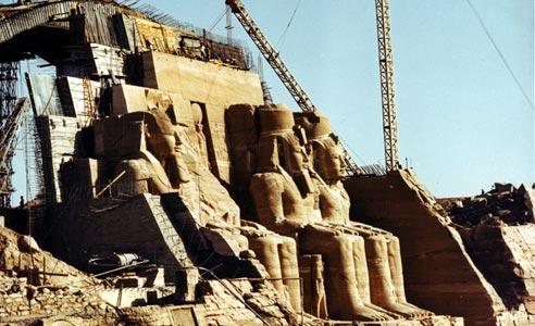 Resultado de imagen de traslado de monumentos en egipto